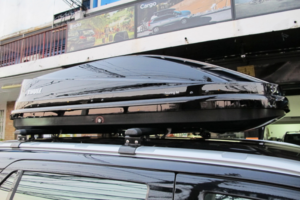 d5-ford-everest-thule-roofbox-d2autorack