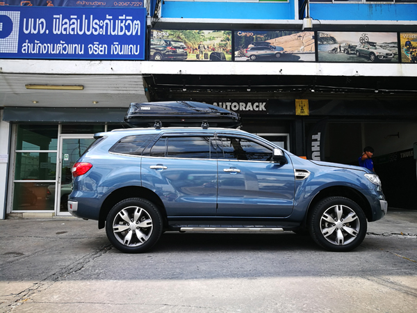 e2-ford-everest-thule-roofbox-d2autorack
