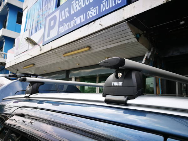 e9-ford-everest-thule-roofbox-d2autorack