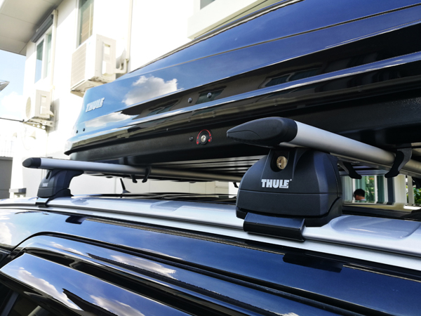 f5-ford-everest-thule-roofbox-d2autorack