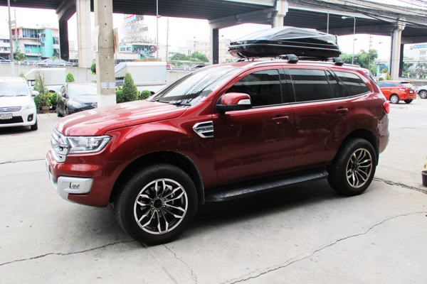 g1-ford-everest-thule-roofbox-d2autorack